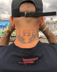 tattoos for men, neck wing tattoo, wing tattoos, neck tattoo Ring Finger Tattoos, Foot Tattoos, New Tattoos, Girl Tattoos, Tattoos For Women, Guys With Tattoos, Tribal Tattoos, Tattoo Cou, Diy Tattoo