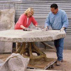 Martha's Faux Bois (false wood) Collection - Martha recalls her visit with concrete artisan Carlos Cortes and revels in the massive faux-bois pieces he has made for her. of 12 photos/information on Martha's site) Concrete Furniture, Concrete Table, Concrete Cement, Concrete Crafts, Concrete Projects, Garden Furniture, Cement Art, Concrete Garden, Polished Concrete