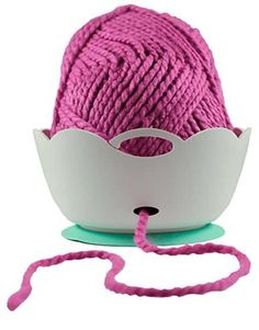 Knit or crochet in style with the yarn Bowl by Yarn Valet. It is a simple, lightweight and unbreakable yarn bowl. The rubberized ring bottom will keep the bowl from slippi Woodworking Workbench, Woodworking Videos, Learn Woodworking, Woodworking Furniture, Woodworking Projects, Good Tutorials, Craft Tutorials, Craft Ideas, Knit Or Crochet