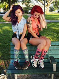 Stoner Girls ;) - CannabisTutorials.com