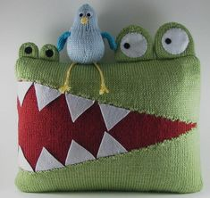 Hungry Alligator Pillow PDF Knitting Pattern. This would be cute for My baby A's room!