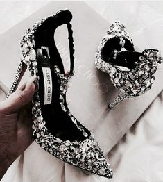 This beautiful blinged Jimmy Choo For the bride's Shoe boots Pretty Shoes, Beautiful Shoes, Cute Shoes, Women's Shoes, Me Too Shoes, Shoe Boots, Shiny Shoes, High Heels Boots, High Heel Pumps