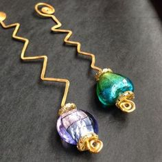 DIY Tutorial - How to make beaded wire bookmarks via @Guidecentral