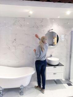 Bildresultat för badrum vit marmorimitation