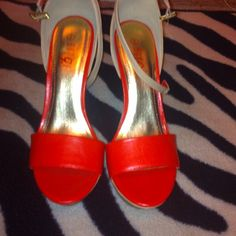 Rogue wedges NWT!!!!! Coral (red/orange) These are stunning rogue wedges NWT size 9 wedges!!!!! These are a red/orange color. rogue Shoes