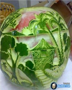 Food Carving Food Art Fruit Carving More Veggie Art, Fruit And Vegetable Carving, Amazing Food Art, Incredible Edibles, Amazing Things, Watermelon Art, Watermelon Carving, Carved Watermelon, Emplatado Ideas