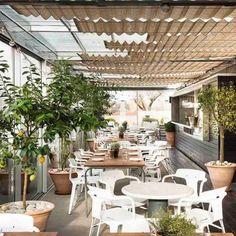 The Best Rooftop Restaurants In London - Roof Gardens London Restaurant Restaurant En Plein Air, Rooftop Restaurant, Rooftop Patio, Restaurant Design, Rooftop Gardens, Modern Restaurant, Roof Design, Cafe Design, Interior Design