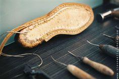 shoe maker paris © steve wells