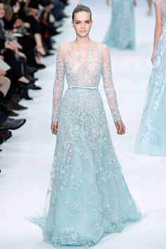 Frockage: Elie Saab Spring 2012 Haute Couture Collection... reminds me of Betty's dress in White Christmas
