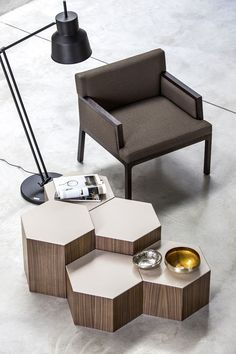 10 Amazing Ways You Can Use Coffee Tables To Enhance your Living Room | See more @ http://diningandlivingroom.com/amazing-ways-use-coffee-tables-enhance-living-room/