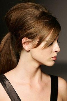 Feestkapsels voor lang haar · Haar stylen tips · Beauty tips voor ...
