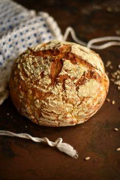 Para mim o pão é um alimento de todos os dias. Adoro pão e quase não consigo passar sem ele. Ao pequeno almoço não resisto a uma b...