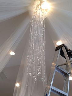 Made this chandelier for Eldredge Manor for their open house!! #willowspecialtyflorist