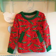 jongens trui Peuter rood met groene krokodillen, zelf genaaid tijdens de naailes bij Naaistudio 6 Sweatshirts, Fashion, Moda, Fashion Styles, Trainers, Sweatshirt, Fashion Illustrations, Sweater, Hoodie