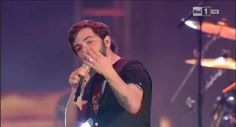 Spettacoli: #Lorenzo #Fragola ai #Wind Music Awards 2016 (video) canta Luce che entra (link: http://ift.tt/1Yl7c8B )