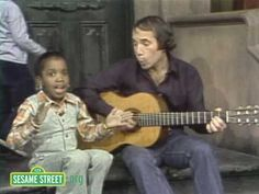 A little something to make you smile. :: Sesame Street: Paul Simon Sings Me & Julio