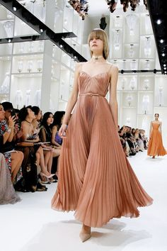 Pleated A-line dresses at Christian Dior Fall 2018 Couture PFW.