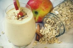 Looking for a new smoothie recipe? This healthy cinnamon apple smoothie recipe is a healthy breakfast recipe that is delicious and satisfying. Apple Smoothie Recipes, Apple Smoothies, Oatmeal Smoothies, Healthy Breakfast Recipes, Healthy Drinks, Vegetarian Recipes, Healthy Recipes, Healthy Food, Cinnamon Apples