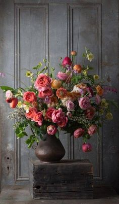I love this. My bouquets turn out lopsided a lot and at a certain point you just give up and say that you intended it to look like this. PK. -- Ana Rosa