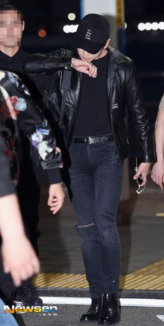 Looking good or what??!!|| JUST BTS JUNGKOOK