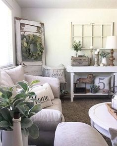 modern sunrooms designs tips and ideas small sunroom furniture . Cozy Living Rooms, Home Living Room, Living Room Decor, Sitting Rooms, Living Spaces, Dining Room, Magnolia Homes Paint, Home Design, Interior Design