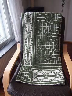 Free Pattern: Reversible Celtic Patterns Baby Blanket by Kathleen Sperling