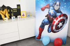 Une «Super Héros Party» pour ses 4 ans Hulk, Captain America, Spiderman, Superhero Birthday Party, Fictional Characters, Spider Man, Fantasy Characters, Amazing Spiderman