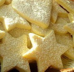 CITRONOVÉ HVĚZDIČKY Xmas Food, Christmas Sweets, Christmas Baking, Czech Desserts, Czech Recipes, Xmas Cookies, Baking Cupcakes, Sweet Recipes, Cookie Recipes