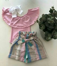 Fashion Art Kids Children Ideas For 2019 Baby Girl Shirts, Little Girl Dresses, Girls Dresses, Baby Girl Fashion, Fashion Kids, Fashion Art, Kids Outfits, Cute Outfits, Baby Dress Patterns