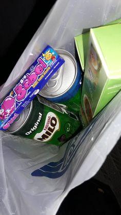 Junk Food Snacks, Food N, Food And Drink, Diet Meme, Tumblr Food, Cant Stop Eating, Snap Food, Cute Food, Healthy Drinks