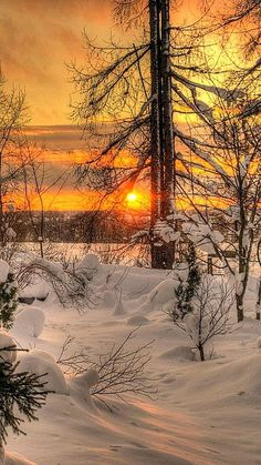 Winter sunset nature photography - A sunset is never the exact same. Instead of relying upon the camera's auto mode it is an ideal time to switch you. Winter Photography, Landscape Photography, Nature Photography, Winter Sunset, Winter Scenery, I Love Winter, Winter Snow, Winter Magic, Snow Scenes
