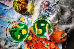 Halloween Rezepte - Gruselige Waldmeister Götterspeise