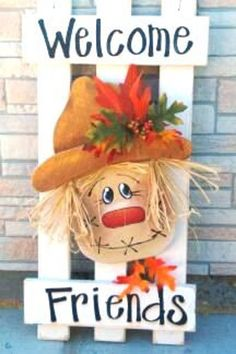 Picket Fence Scarecrow Patten Packet by Twiddlebugz on Etsy budget halloween diy… Fall Wood Crafts, Autumn Crafts, Holiday Crafts, Fall Halloween, Halloween Crafts, Halloween Decorations, Scarecrow Crafts, Fall Decorations, Primitive Scarecrows