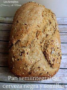 Pan semiintegral de cerveza negra y semillas {Receta de panificadora}