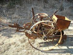 Please help me identify this antique potato planter. Antique Tractors, Vintage Tractors, Vintage Farm, Farm Images, Farm Pictures, Atv Utility Trailer, Potato Planter, Agricultural Implements, Appalachian People