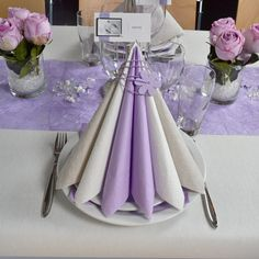 blomsterdekorationer konfirmation Billedresultat for blomsterdekorationer konfirmationAnya Ring - Maanesten str 53 Ideas Nails Acrylic Chrome White To Properly Care For Your Nails Easy Crafts, Diy And Crafts, Beautiful Table Settings, Wedding Props, Table Set Up, Neutral Nails, Napkin Folding, Healthy Nails, Wedding Napkins