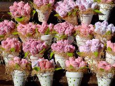 Lembranças de batizado,ou casamento,flores de tecidos. by Irene Sarranheira, via Flickr