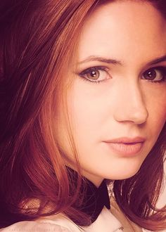 mooi rood is niet lelijk ♥ Red hair - Karen Gillan Beautiful Redhead, Beautiful Eyes, Karen Gillen, Karen Sheila Gillan, Lily Evans, Amy Pond, Woman Crush, Dr Who, Mannequins