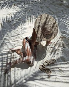 Basking in the Shadows of the Palm Trees maillot bikini time femme beachwear sab… Basking in the Shadows of the Palm Trees maillot bikini time femme beachwear sable été summer time Summer Vibes, Summer Feeling, Beach Bum, Summer Beach, Sand Beach, Laguna Beach, Beach Poses, Shooting Photo, Photos Voyages