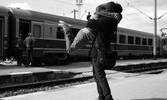 O seu abraço é aquilo é o que pode existir de mais especial, pois é nele que acontece o encontro das nossas almas.