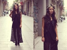 Black Lace Dress (by Taru Lalala) http://lookbook.nu/look/4128302-Black-Lace-Dress