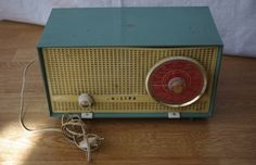 Radio Sintonizador VINTAGE PHILLIPS Modelo B2E03A De Los Años 60 FUNCIONANDO / 60'S Radio Tuner Vintage Phillips B2E03A Working de lahaciendavintage en Etsy