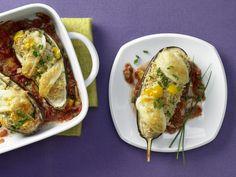 Gefüllte Auberginen - mit Tomatensauce - smarter - Kalorien: 285 Kcal - Zeit: 40 Min. | eatsmarter.de