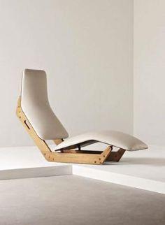 PHILLIPS : UK050109, Ilmari Tapiovaara, Rare 'Dolphin' chaise longue