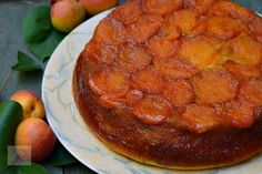 Piersici umplute cu crema - CAIETUL CU RETETE Apple Pie, Deserts, Ethnic Recipes, Sweet, Christmas, Food, Sweet Treats, Candy, Xmas