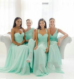 Spectacular mix and match bridesmaids in mint color by #watterswtoo #bridalparty #bridal #bride #bridesmaids #bridesmaidsdresses #patsbridals #bridesmaiddress #wedding #miamiwedding #miamibride