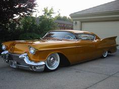"Araba Sevdası on Twitter: """"Araba değil; sanat"" 1957 Cadillac… "" Classic Motors, Classic Cars, Classic Auto, Vintage Cars, Antique Cars, American Dream Cars, Auto Retro, Automobile, Sweet Cars"