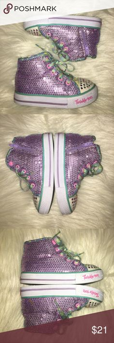 """Skechers Toddler Twinkle Toes - 8 Great Used Condition! Worn 5x at Most. Soles In Great Shape...Small Brown Stain on One Sequin Area as Shown in Pic. Only Signs of True Wear are on White Toe Areas. Lights """"Twinkle"""" When Walking. Side Zippers For Easy On/Off 💚💜 Skechers Shoes Sneakers"""