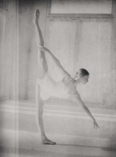 Jenny Winton of the Joffrey Ballet by Gina Uhlmann