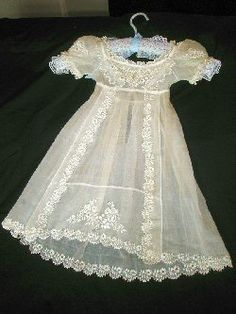 1815-1820 hand-embroidered muslin dress toddler's dress, English.